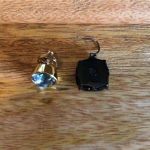 2 single Tory Burch earrings